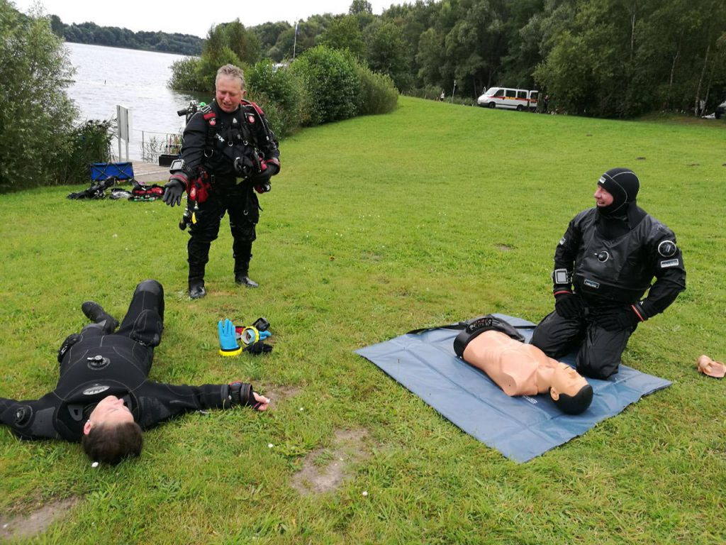 Dive Leader Professional Stress and Rescue Kurs in Hemmoor